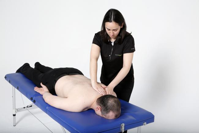 Conoce los beneficios de los masajes fisioterapéuticos en nuestra clínica de Majadahonda